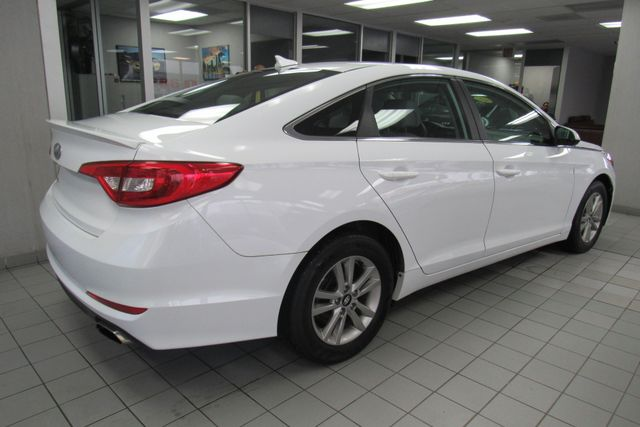 2016 Hyundai Sonata 2.4L SE W/ BACK UP CAM Chicago, Illinois 5