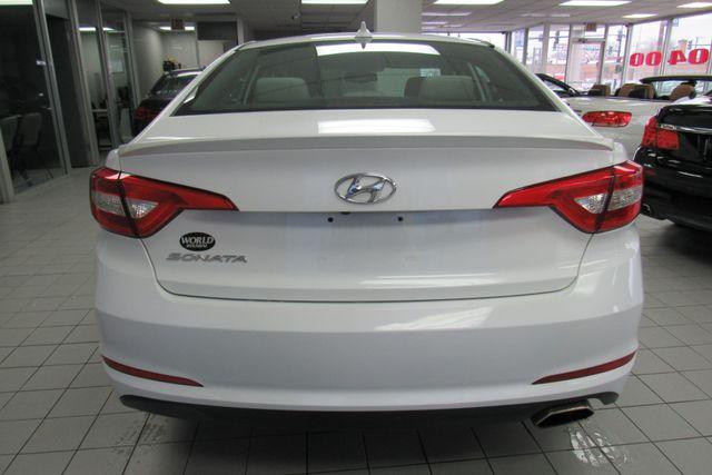 2016 Hyundai Sonata 2.4L SE W/ BACK UP CAM Chicago, Illinois 6