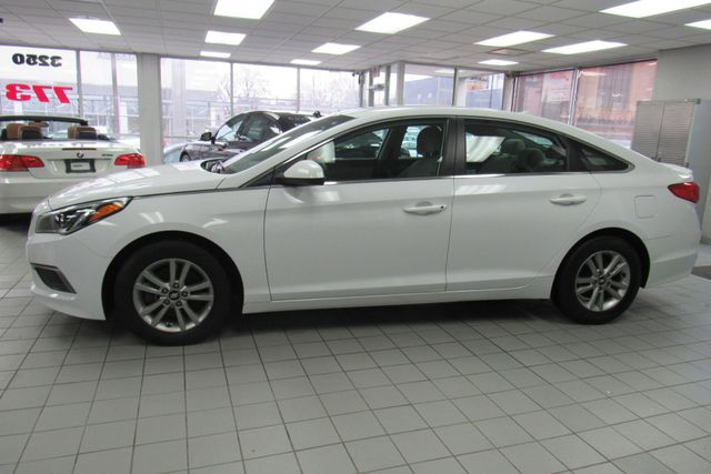 2016 Hyundai Sonata 2.4L SE W/ BACK UP CAM Chicago, Illinois 8