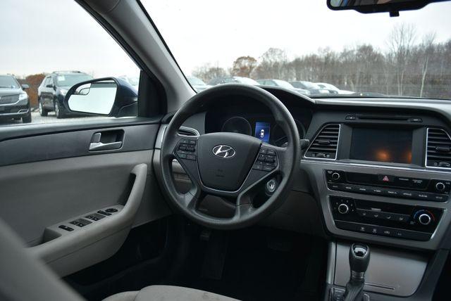 2016 Hyundai Sonata 2.4L SE Naugatuck, Connecticut 11