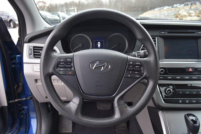 2016 Hyundai Sonata 2.4L SE Naugatuck, Connecticut 14