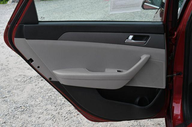 2016 Hyundai Sonata 2.4L SE Naugatuck, Connecticut 13
