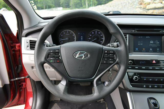 2016 Hyundai Sonata 2.4L SE Naugatuck, Connecticut 18