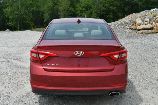 2016 Hyundai Sonata 2.4L SE Naugatuck, Connecticut 5