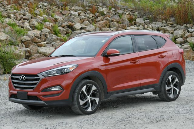 2016 Hyundai Tucson Sport 4WD Naugatuck, Connecticut 2
