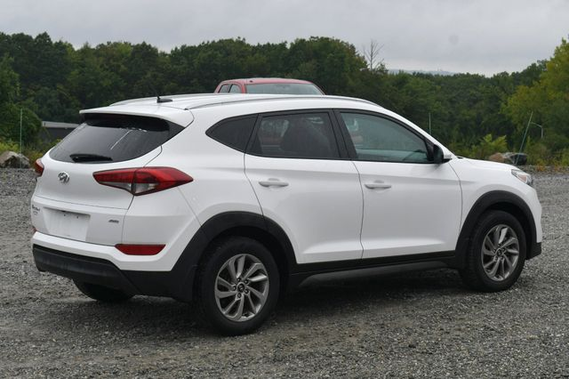 2016 Hyundai Tucson SE AWD Naugatuck, Connecticut 6