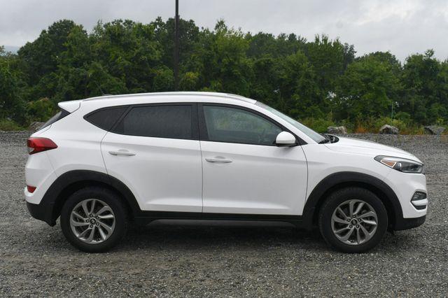 2016 Hyundai Tucson SE AWD Naugatuck, Connecticut 7