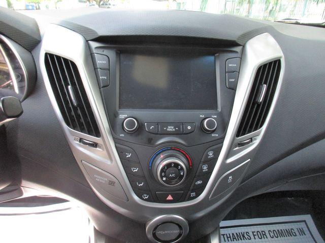 2016 Hyundai Veloster Miami, Florida 13