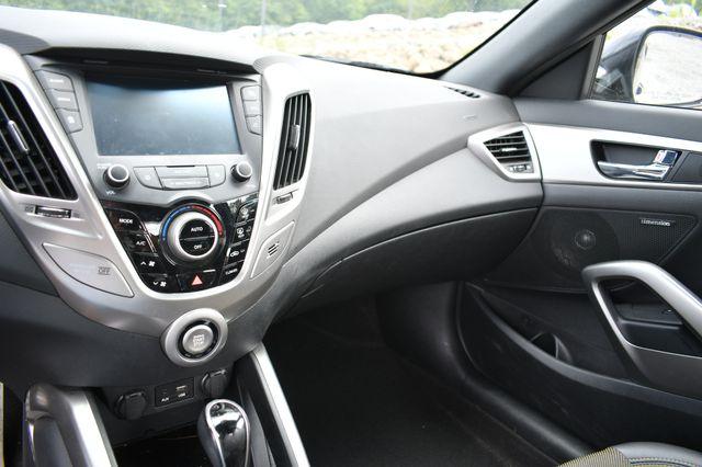2016 Hyundai Veloster Naugatuck, Connecticut 17