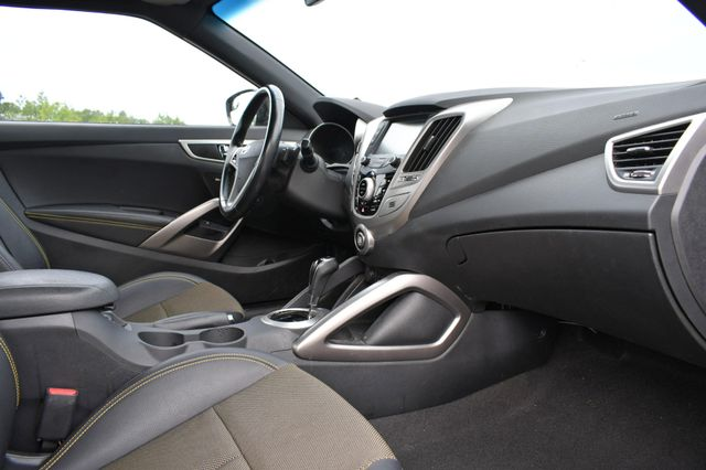 2016 Hyundai Veloster Naugatuck, Connecticut 8