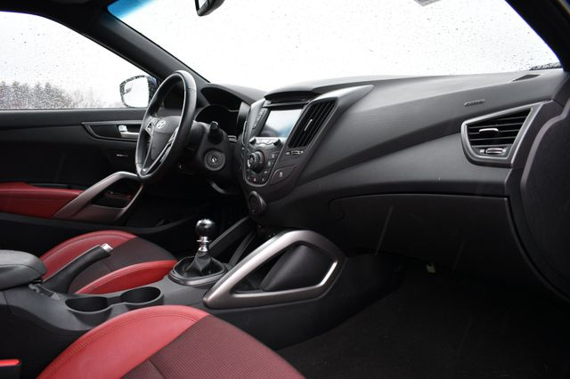 2016 Hyundai Veloster Turbo R-Spec Naugatuck, Connecticut 1