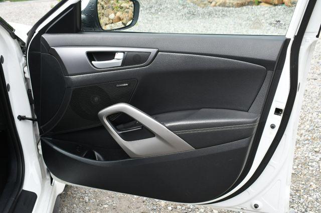 2016 Hyundai Veloster Turbo Naugatuck, Connecticut 12