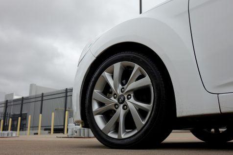2016 Hyundai Veloster Auto*BU Cam* EZ Finance** | Plano, TX | Carrick's Autos in Plano, TX