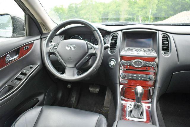 2016 Infiniti QX50 AWD Naugatuck, Connecticut 18