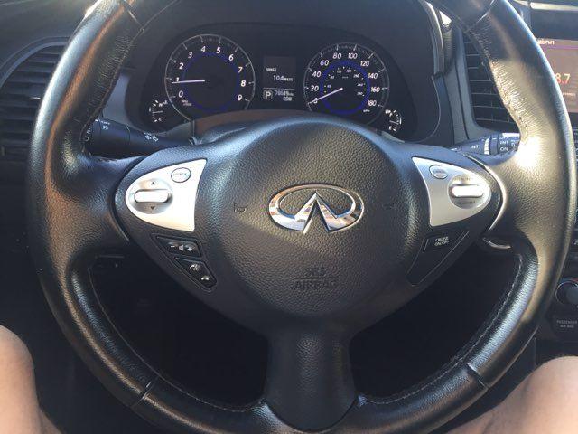2016 Infiniti QX70 in Boerne, Texas 78006