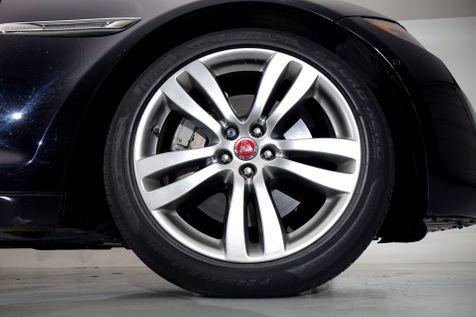 2016 Jaguar XJ XJL Portfolio* Only 28k* Loaded* EZ Finance**   Plano, TX   Carrick's Autos in Plano, TX