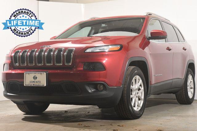 2016 Jeep Cherokee Latitude w/ Blind Spot/ Heated Seats/ Safety Tech