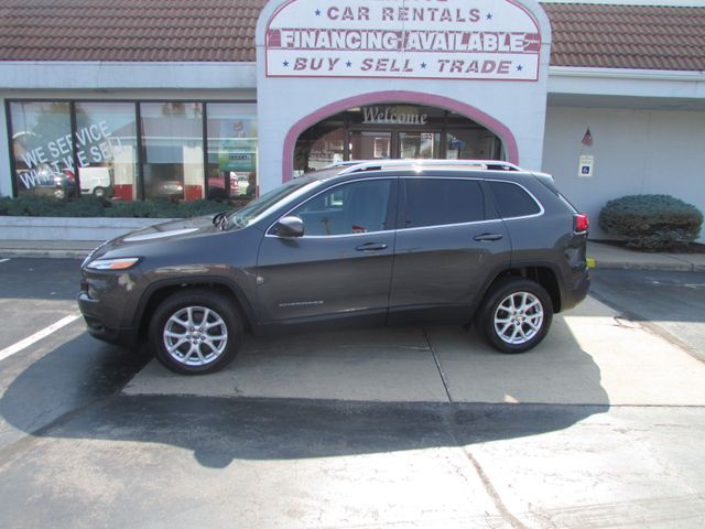 2016 Jeep Cherokee Latitude in Fremont, OH 43420