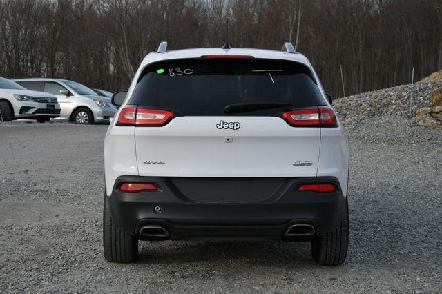 2016 Jeep Cherokee Latitude Naugatuck, Connecticut 3