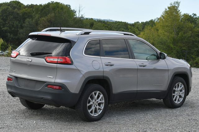 2016 Jeep Cherokee Latitude Naugatuck, Connecticut 4