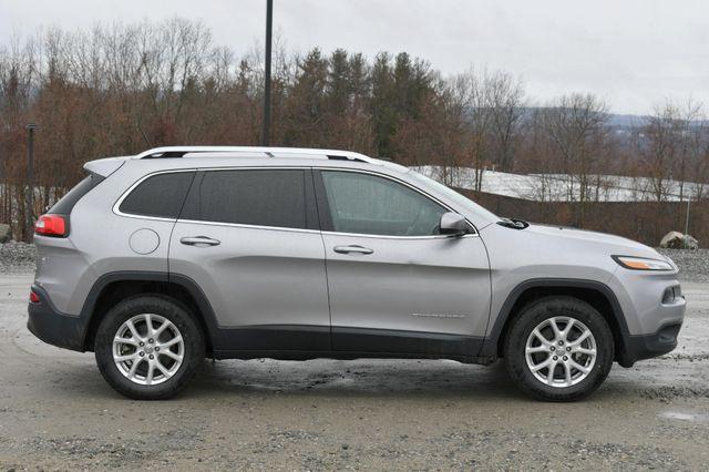 2016 Jeep Cherokee Latitude Naugatuck, Connecticut 7