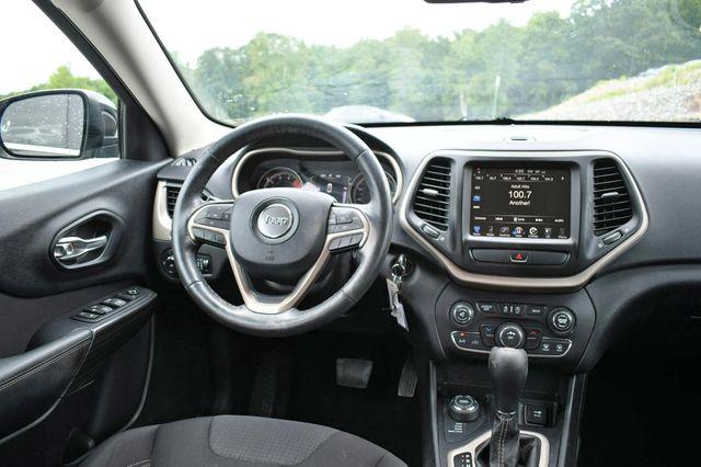 2016 Jeep Cherokee Latitude 4WD Naugatuck, Connecticut 14