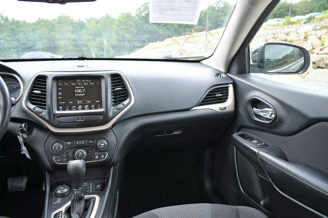2016 Jeep Cherokee Latitude 4WD Naugatuck, Connecticut 16