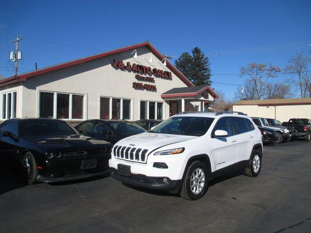 2016 Jeep Cherokee Latitude in Troy, NY 12182