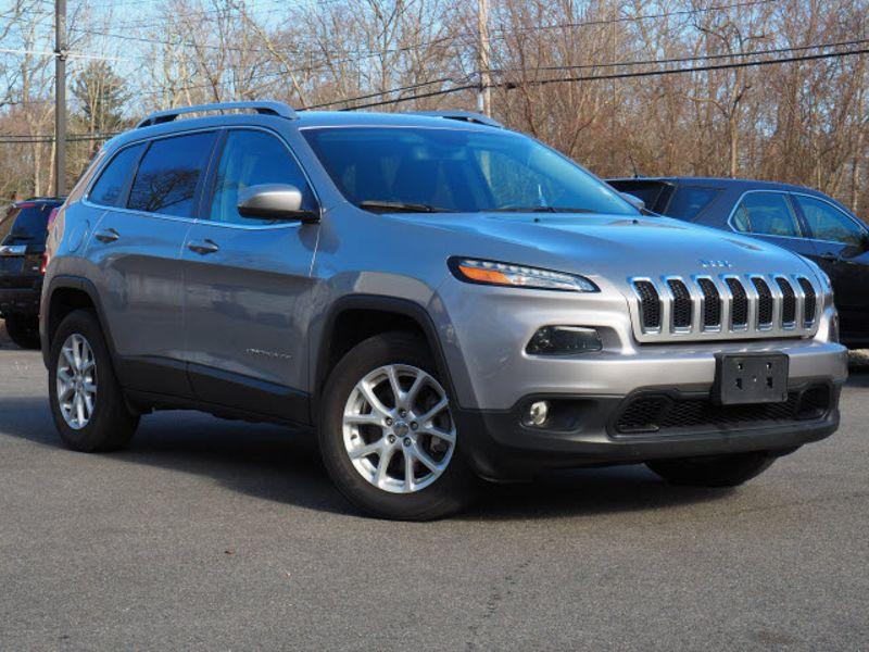 2016 Jeep Cherokee Latitude   Whitman, Massachusetts   Martin's Pre-Owned