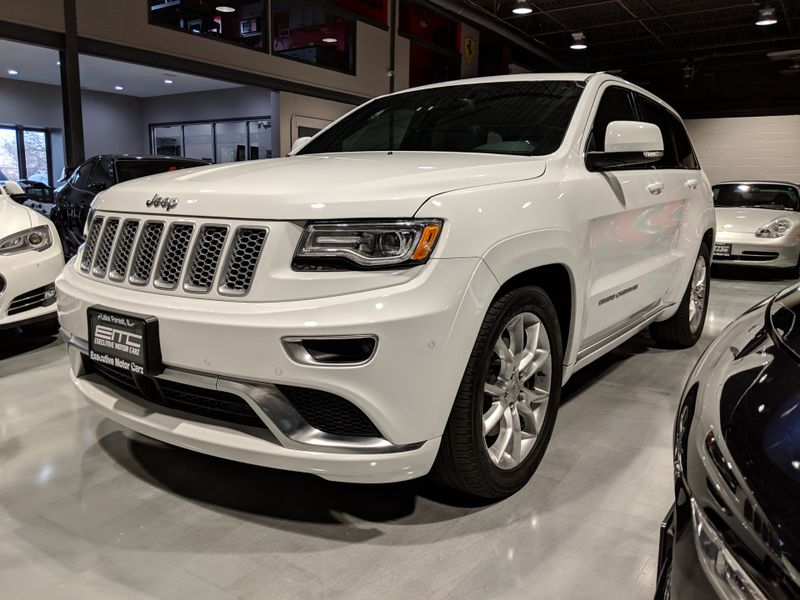 2016 Jeep Grand Cherokee Summit  Lake Forest IL  Executive Motor Carz  in Lake Forest, IL