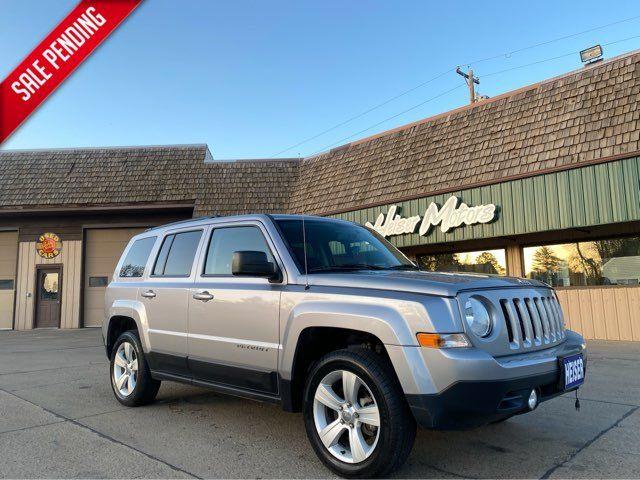 2016 Jeep Patriot Latitude ONLY 26,000 Miles