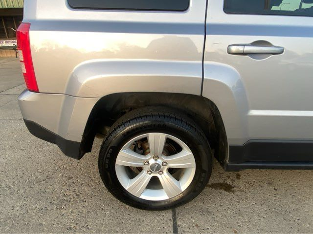 2016 Jeep Patriot Latitude ONLY 26,000 Miles in Dickinson, ND 58601