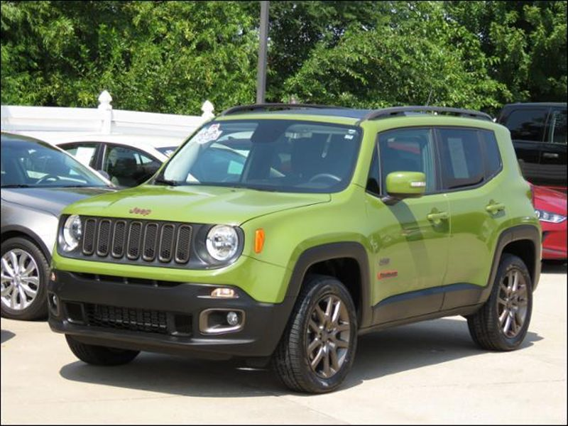 2016 Jeep Renegade 75th Anniversary 4WD MySkyRoof/Nav/BEATSbyDRE  in Ankeny IA