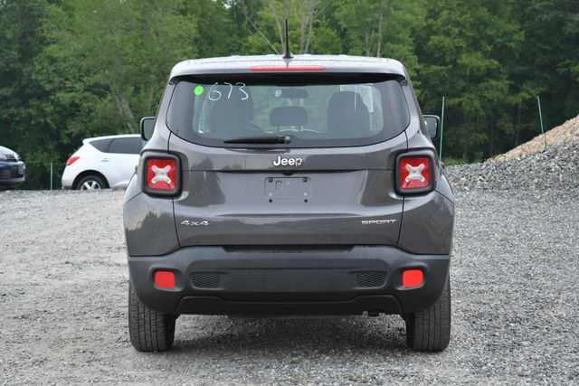 2016 Jeep Renegade Sport Naugatuck, Connecticut 3