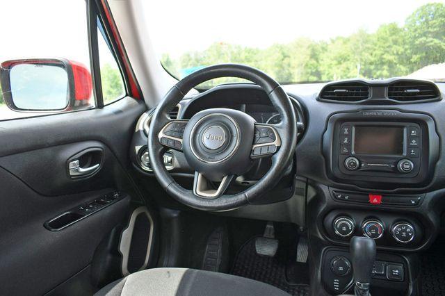 2016 Jeep Renegade Latitude 4WD Naugatuck, Connecticut 18