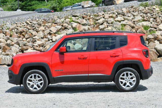 2016 Jeep Renegade Latitude 4WD Naugatuck, Connecticut 3