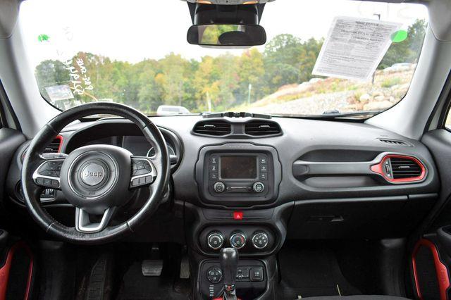 2016 Jeep Renegade Trailhawk 4WD Naugatuck, Connecticut 16