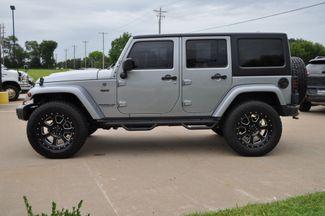2016 Jeep Wrangler Unlimited  Sahara 75th Anniversary Bettendorf, Iowa 20