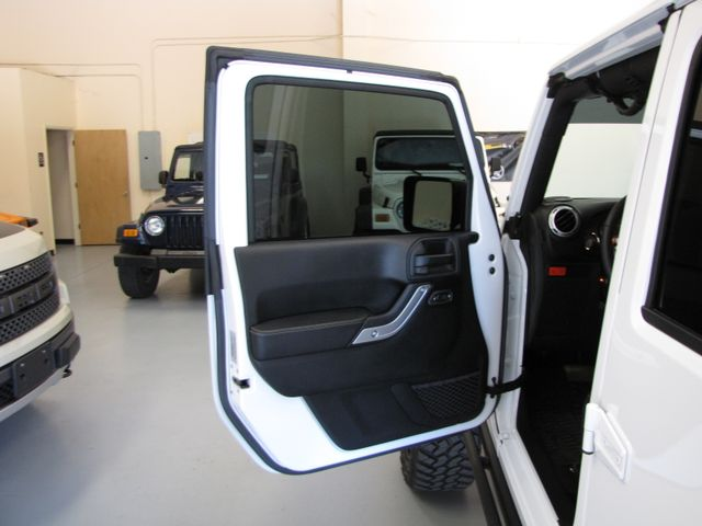 2016 Jeep Wrangler Unlimited Rubicon Hard Rock Jacksonville , FL 40