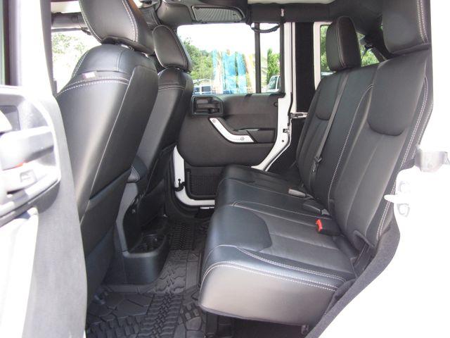2016 Jeep Wrangler Unlimited Rubicon Hard Rock Jacksonville , FL 37