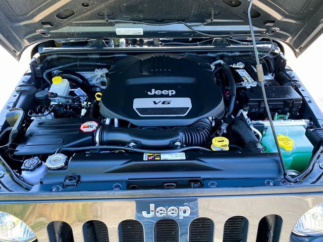 2016 Jeep Wrangler Unlimited Sport RHD Madison, NC 30