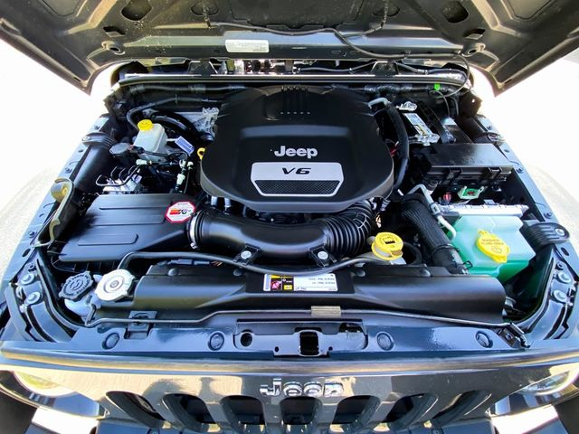 2016 Jeep Wrangler Unlimited Sport RHD Madison, NC 33