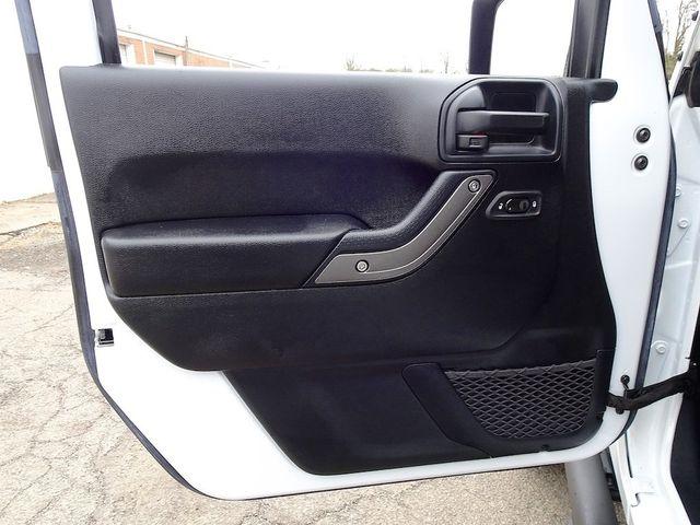 2016 Jeep Wrangler Unlimited Sport RHD Madison, NC 38