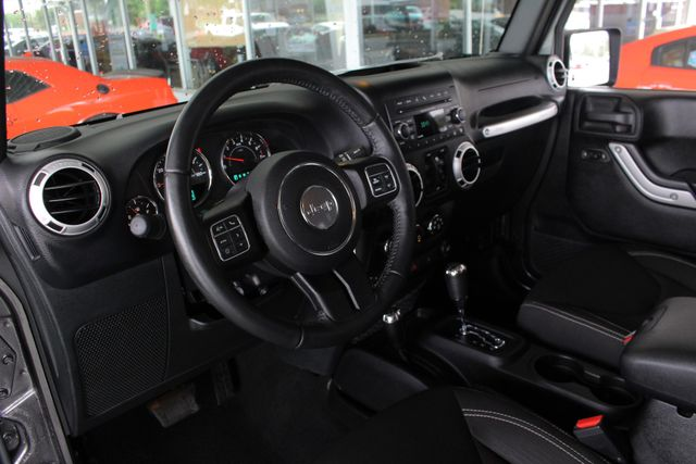 2016 Jeep Wrangler Unlimited Sahara 4x4 - LIFTED - EXTRA$ - BLUETOOTH! Mooresville , NC 30