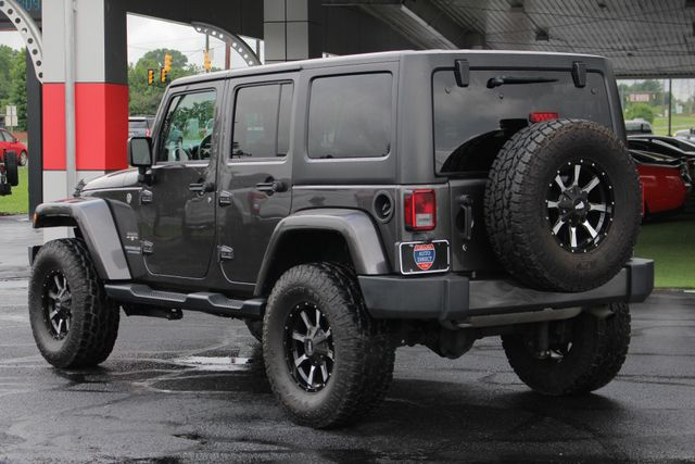 2016 Jeep Wrangler Unlimited Sahara 4x4 - LIFTED - EXTRA$ - BLUETOOTH! Mooresville , NC 26