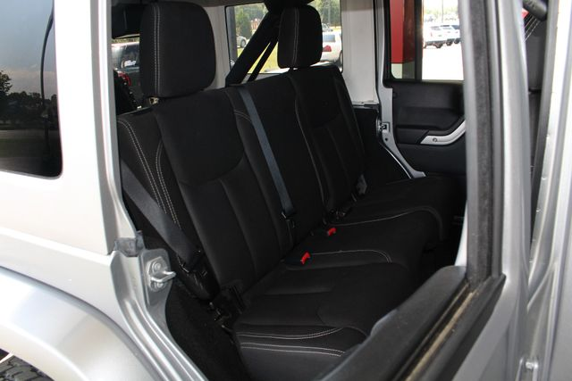 2016 Jeep Wrangler Unlimited Rubicon 4x4 - LIFTED - EXTRA$ - NAV - HEATED SEATS Mooresville , NC 12