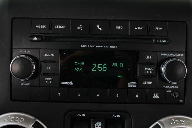 2016 Jeep Wrangler Unlimited Rubicon 4X4 - CUSTOM BUMPER/KC OFF ROAD LIGHTS! Mooresville , NC 38