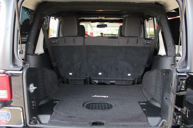 2016 Jeep Wrangler Unlimited Rubicon 4X4 - CUSTOM BUMPER/KC OFF ROAD LIGHTS! Mooresville , NC 11