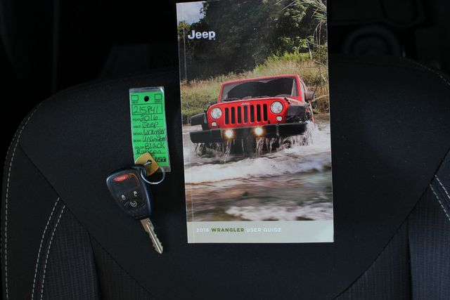 2016 Jeep Wrangler Unlimited Rubicon 4X4 - CUSTOM BUMPER/KC OFF ROAD LIGHTS! Mooresville , NC 18