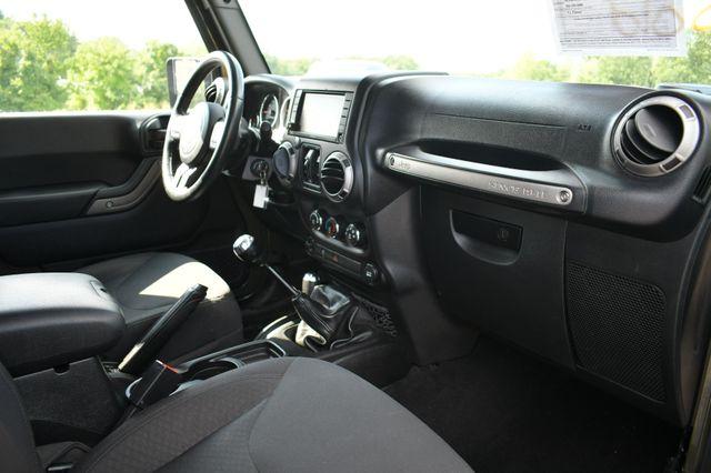 2016 Jeep Wrangler Unlimited Willys Wheeler Naugatuck, Connecticut 11